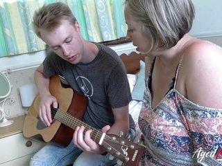 Corpulent Mom Fucks Her 18yo Comprehensive Guitar Teacher - 18 Years Old