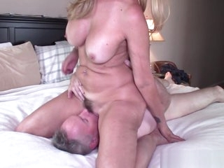 Jess Ryan does Face Seated 69 coupled with Anal with Dan